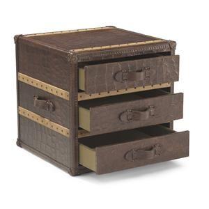 Premier Trunks Vintage Trunk Box Accent Table With Storage By Flexsteel    Sheelyu0027s Furniture U0026 Appliance