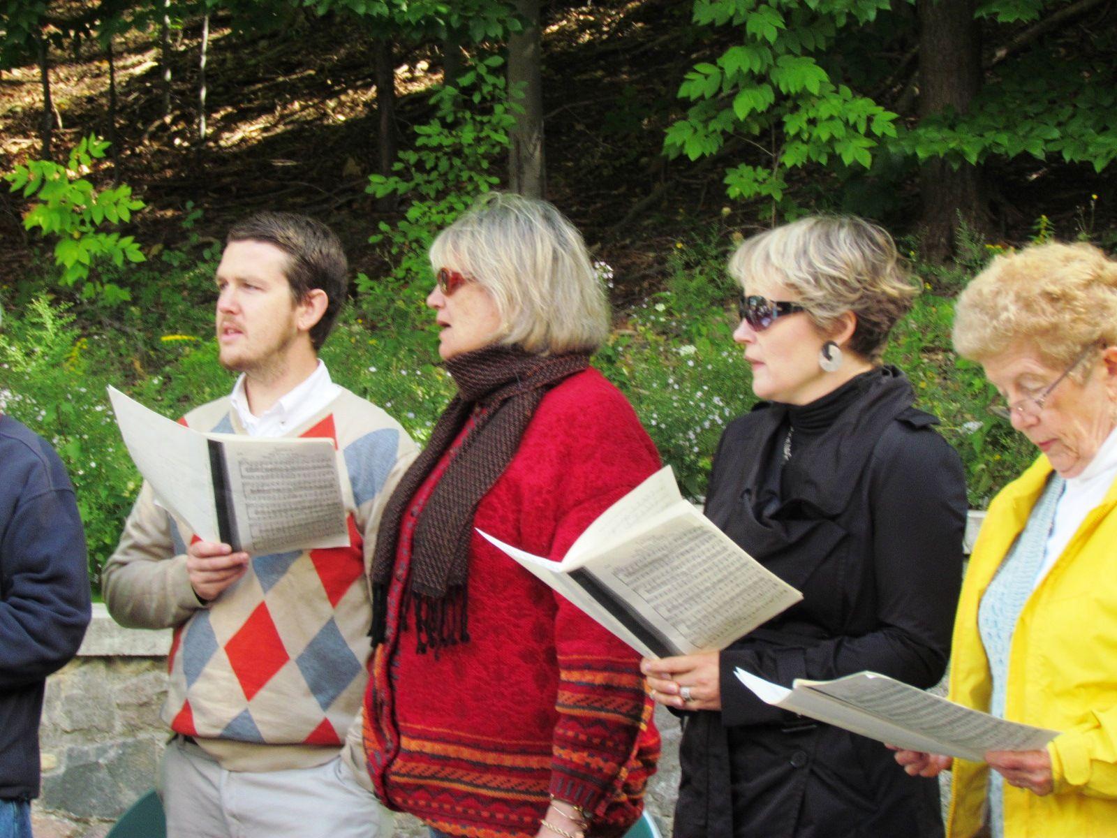 Outdoor choir episcopal church book of common prayer