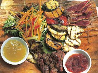 Bush tucker traditional australian aboriginal meal for Australian traditional cuisine