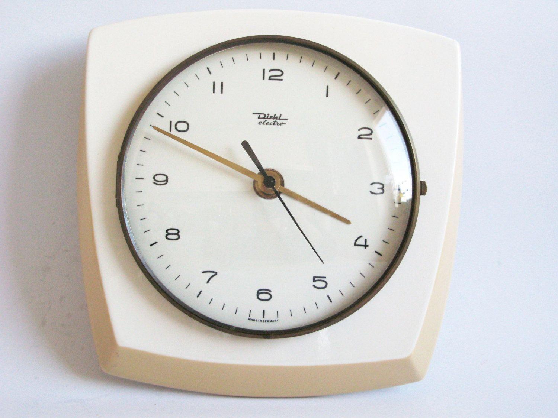 Vintage 1970s Ceramic Kitchen Wall Clock Hl Electro