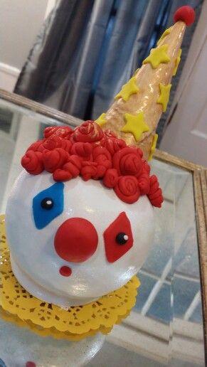 clown circus candy apples