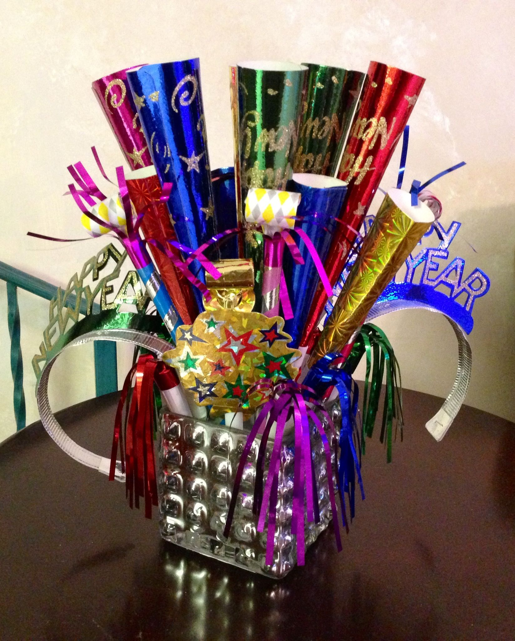 New Years centerpiece | New years eve decorations, New ...
