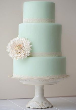 Beautiful wedding cake inspiration. #wedding #cake #weddingcake