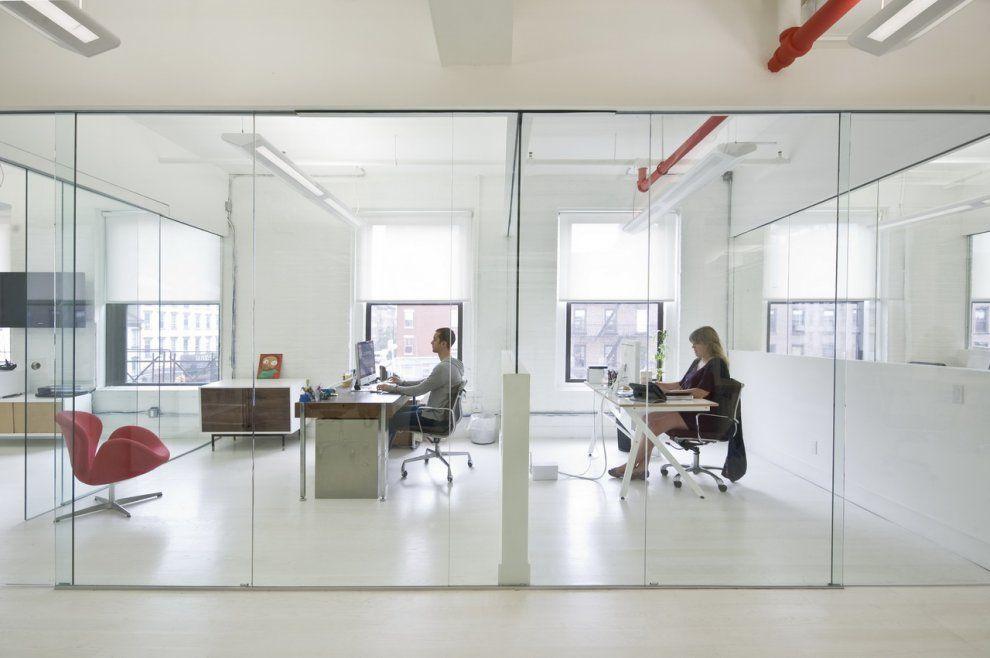 Oficinas modernas abiertas buscar con google coworking for Oficinas interiores