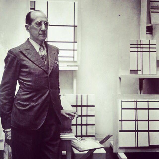 Piet #Mondrian. #Paris, 1937. Photographed by Rogi André.  Musée #National d'Art #Moderne - Centre Georges #Pompidou.