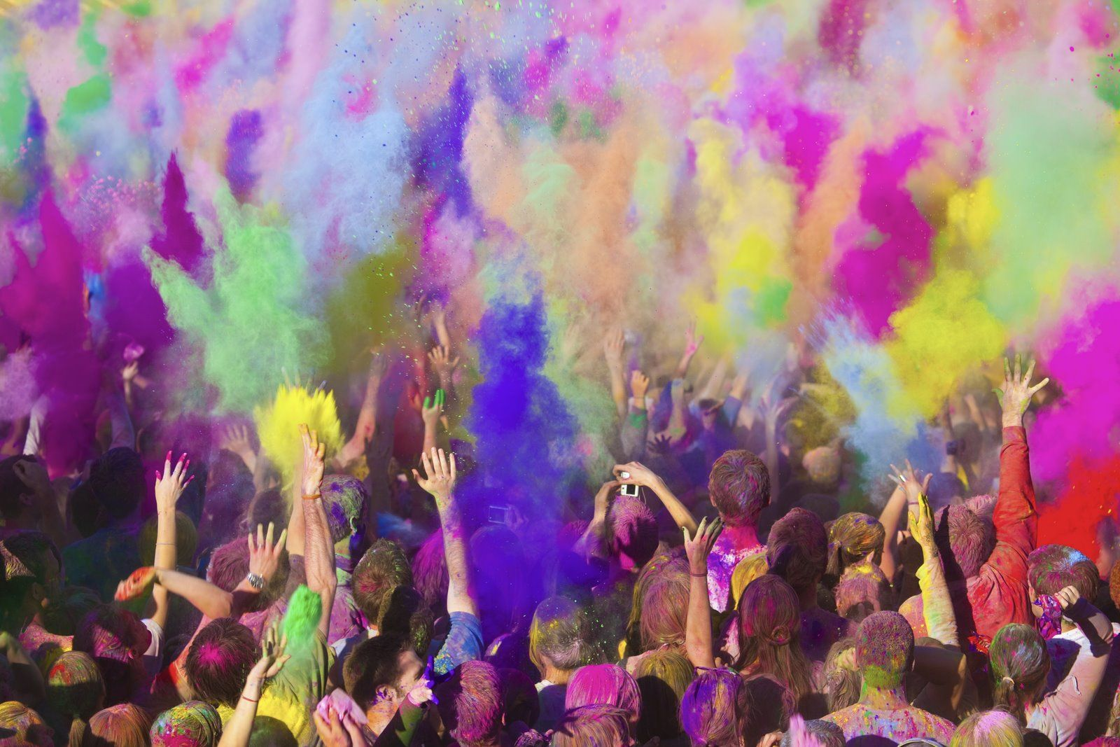 Red, Green,Yellow..Awesome Festival of Colors, Holi in India ...