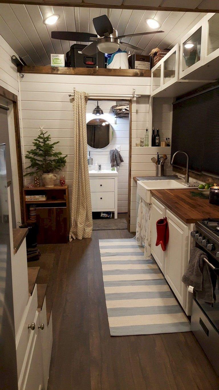 51+ Awesome Tiny House Kitchen Decor Storage Ideas #tinyhousekitchens