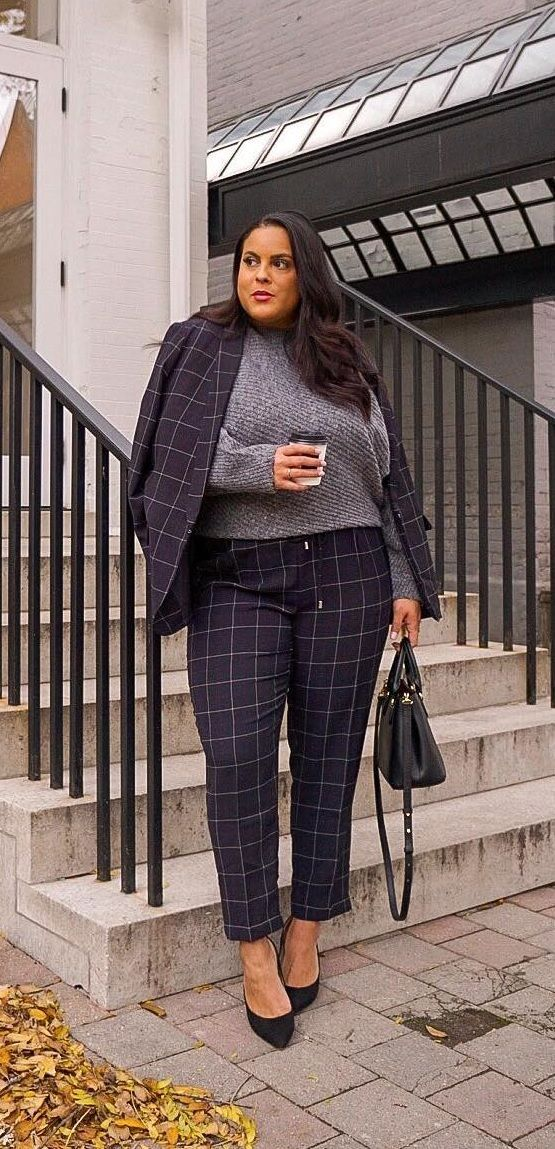"""Dani Goddard on Instagram: """"Today's good mood is brought to you by coffee ☺️☺️☺️ #hbstyle #ad - - - - - #wiwt #wiw #whatiwore #currentlywearing #outfit #ootd…"""" 1"""