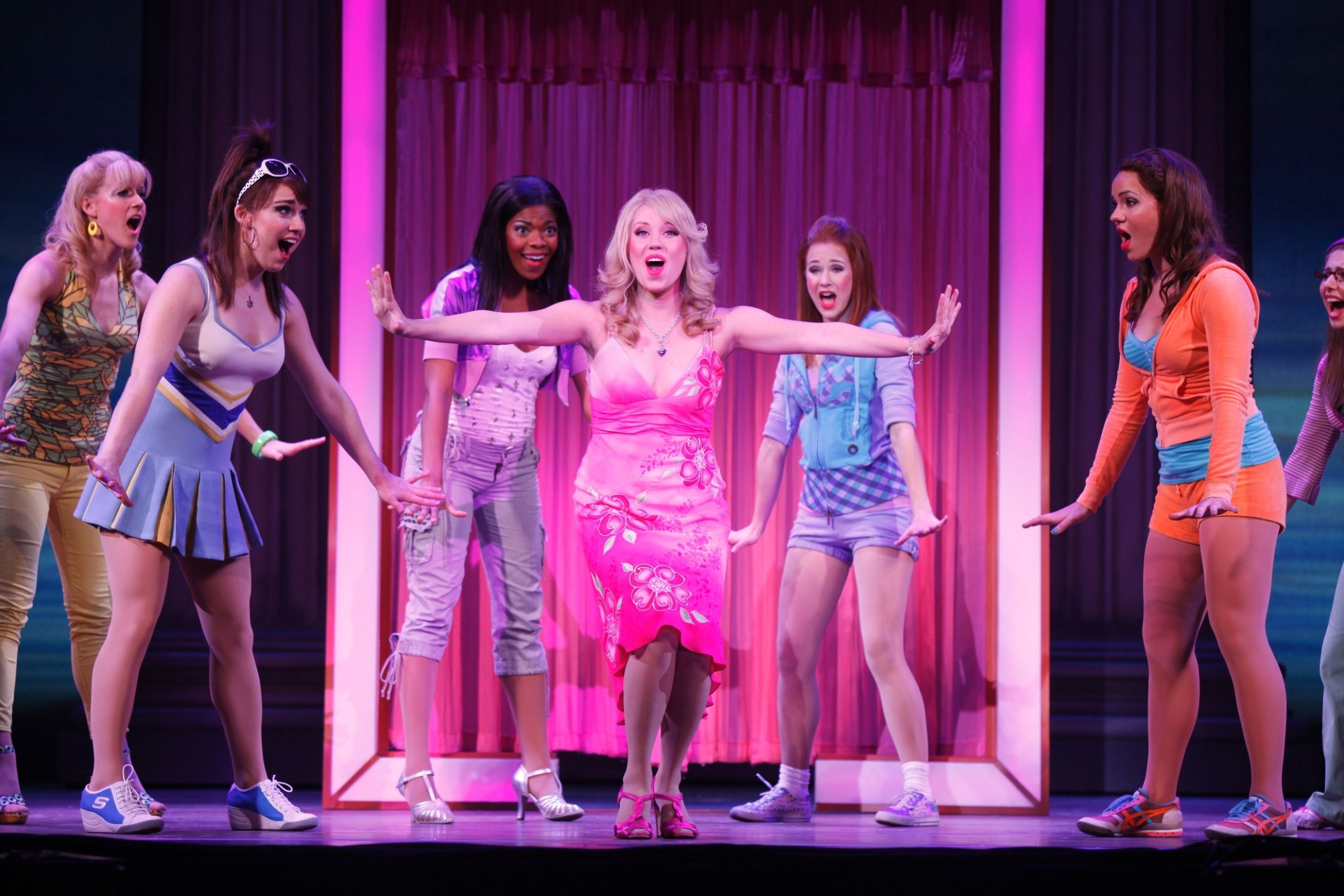 Elle Woods Dressing Room Scene With Images Legally Blonde