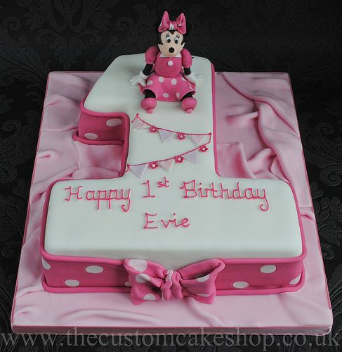 Minnie Mouse Number One 1st Birthday Cake New Birthday Cake Mickey And Minnie Cake Childrens Birthday Cakes