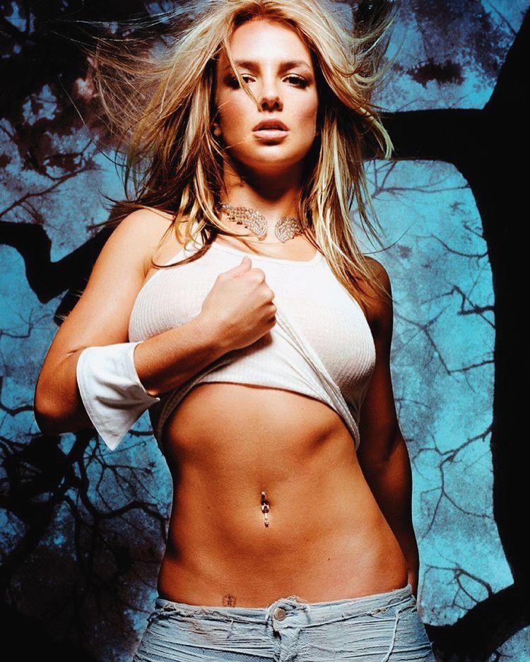Britney Spears Queens In 2018 Britney Spears Celebrities