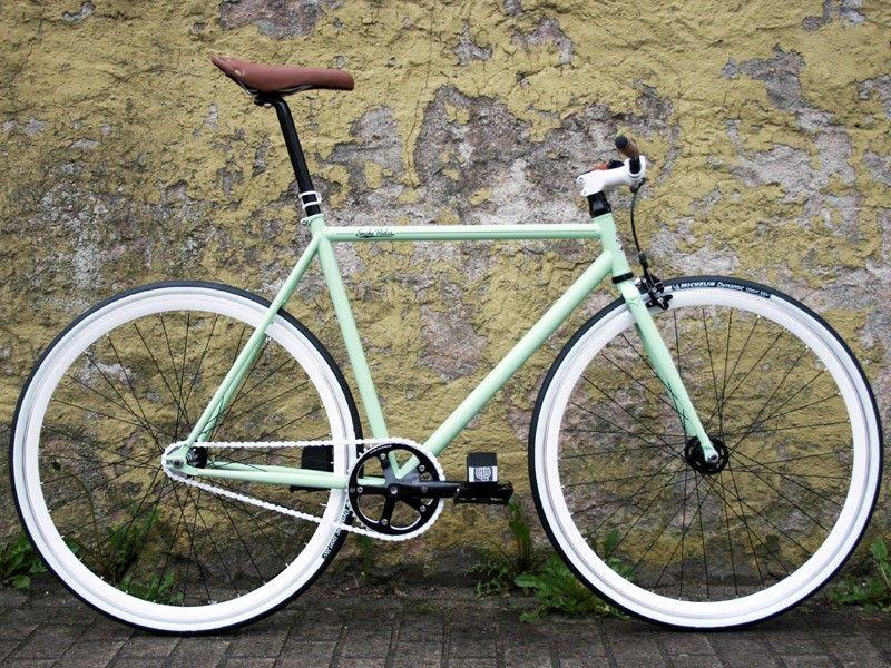 White Green Viper Fixed Gear Bike