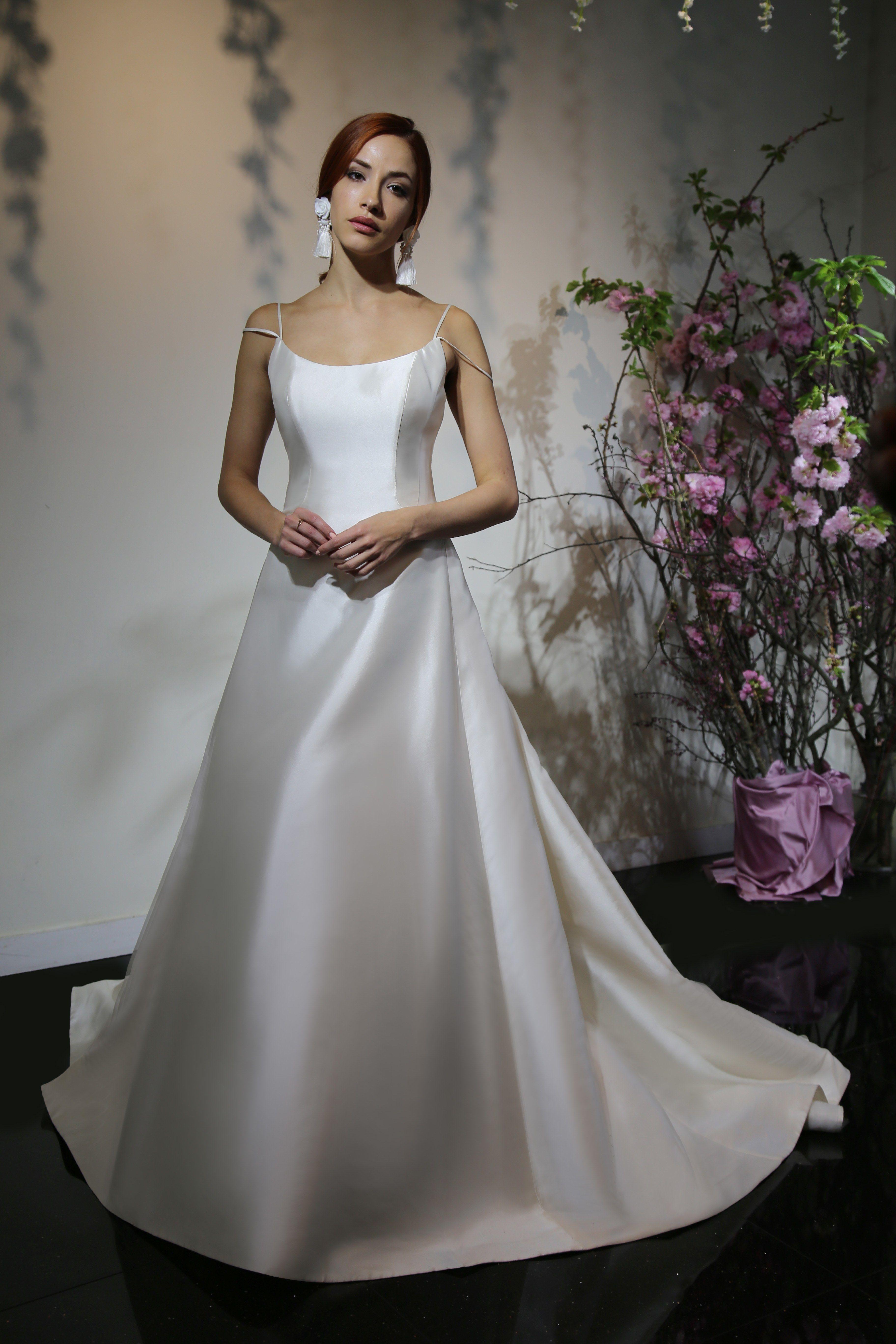 Yumi katsura bridal u wedding dress collection spring brides