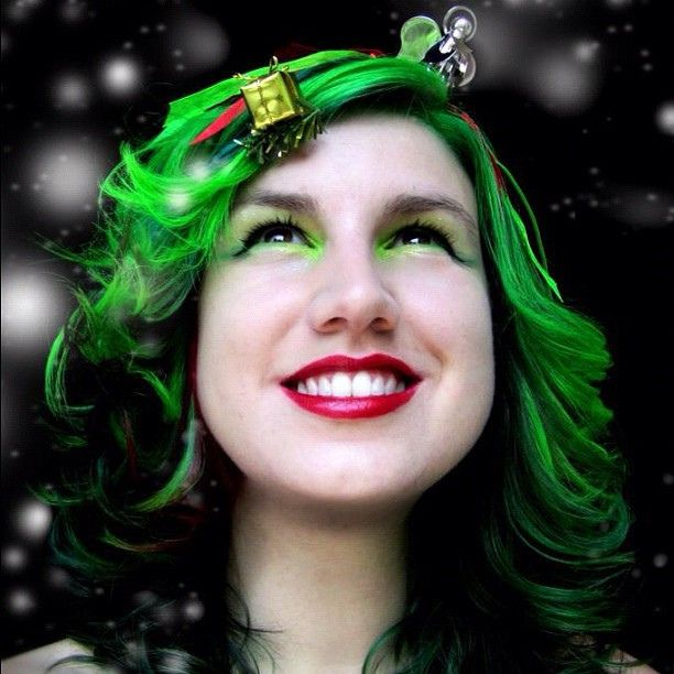 My New Christmas Tree Hair Check Out My Guide To Bright Hair Colour Here Www Rainbowhaircolour Com Rainbow Hair Color Artistic Hair Bright Hair Colors