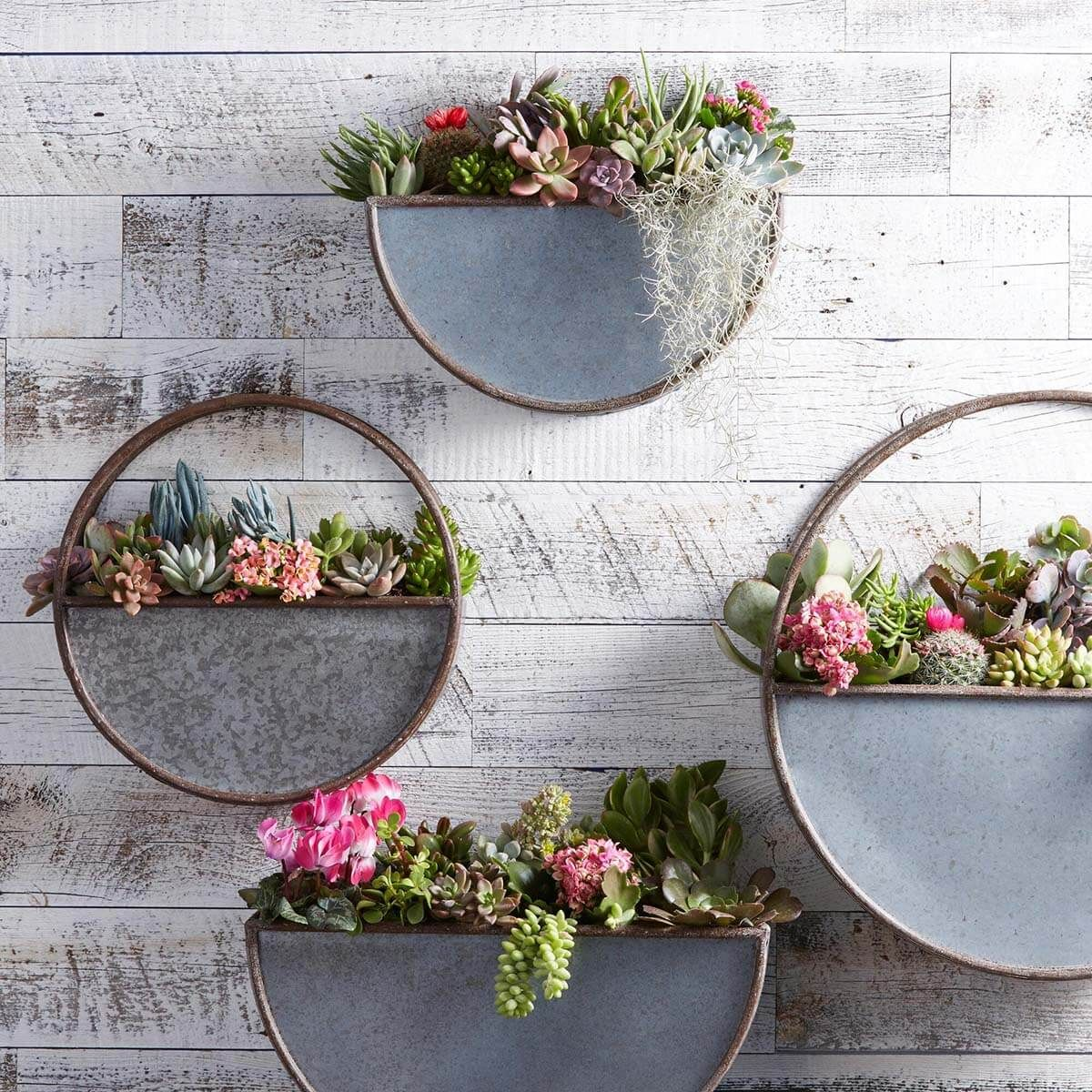 31 Trendy Metal Wall Decor Ideas For Any Area Of Your Home Metal Wall Planters Wall Planter Patio Wall Decor