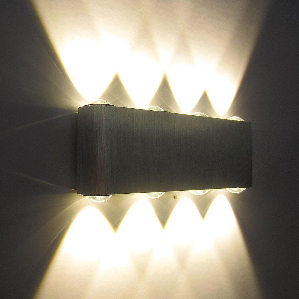 die besten 25 treppenleuchten ideen auf pinterest flurbeleuchtung treppe flurbeleuchtung. Black Bedroom Furniture Sets. Home Design Ideas