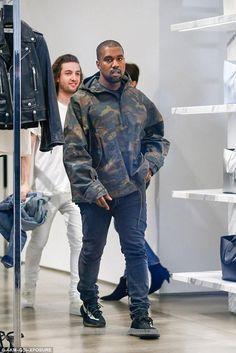062884f8b3977 Kanye West wearing Yeezy Boost 350 Season 3  yeezyboost750   yeezyboost350beluga  yeezyboost350v2zebra  yeezyboostlabels   yeezyboostmoonrock  yeezyboost350s ...