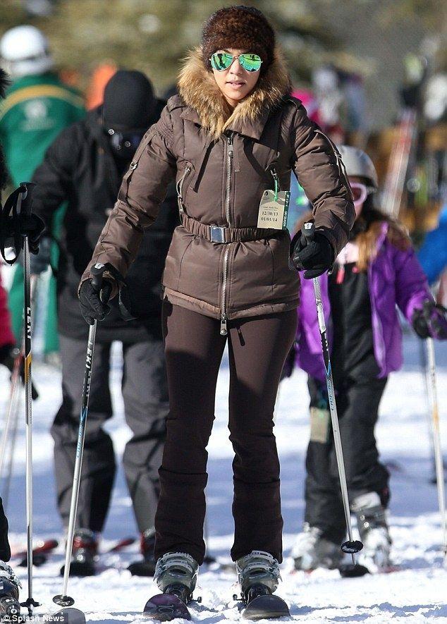 0851003fc45fb ray ban skiing