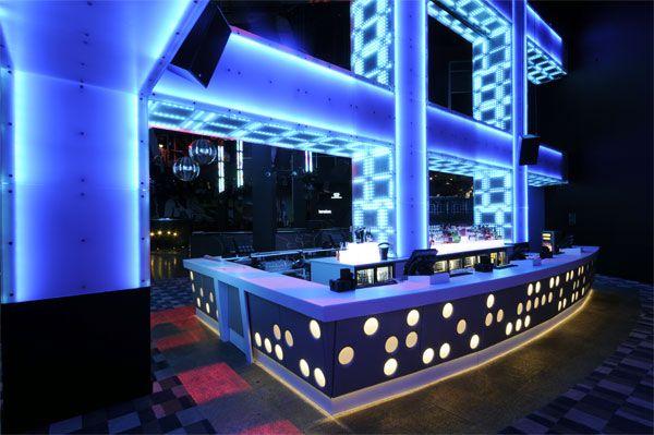 Bigtime design signature matrix wall nightlife xperience pinterest - Discoteca ozona madrid ...