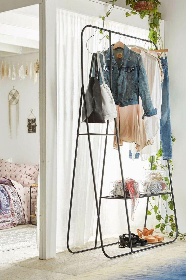 kleiderablage-schlafzimmer-modern-metall-schwarz-minimalistisch ...
