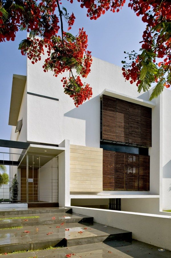 Inspiring Modern Residence In Mexico The G House Freshome Com House Design Architecture Exterior Design