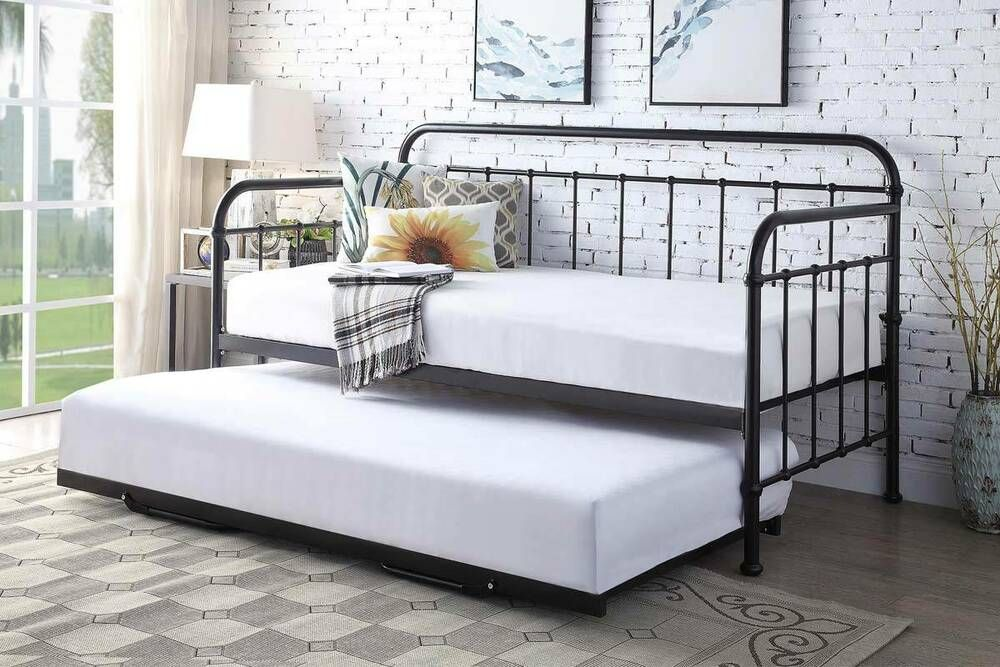 Details about Hospital Style Metal Day Bed & Guest Pull
