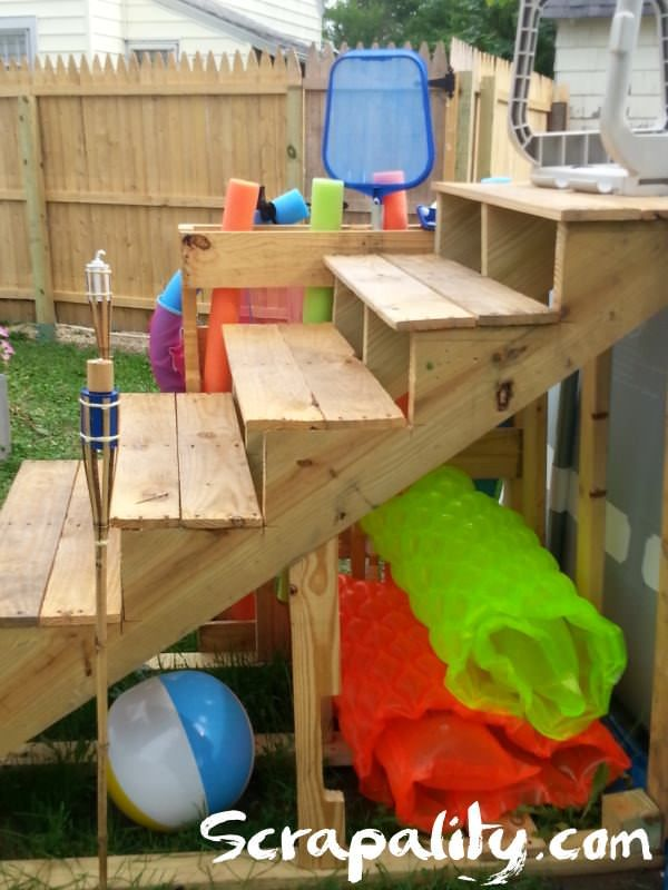 Pallet pool steps with noodle storage for the home for Above ground pool storage ideas