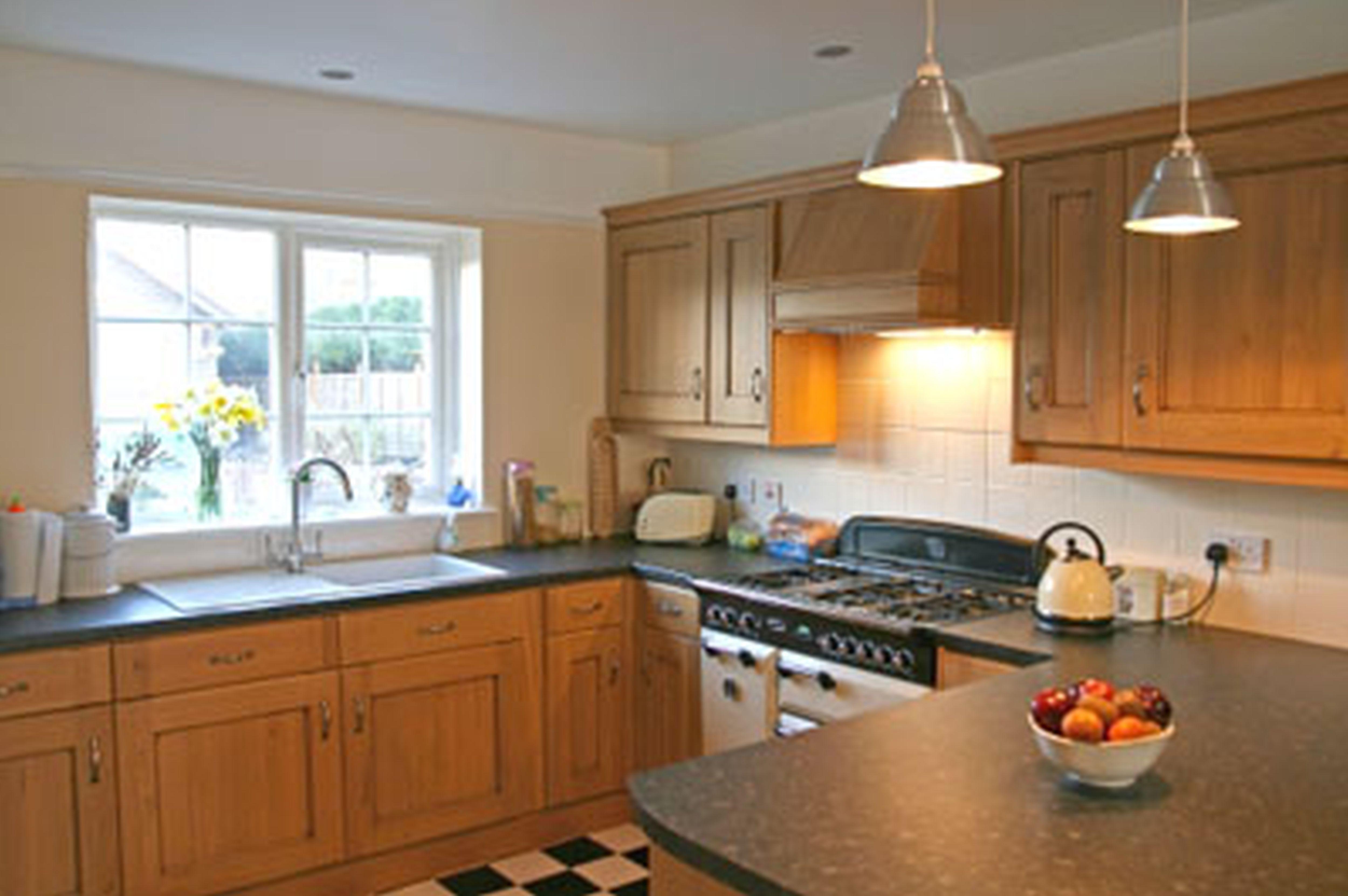 Küchenschrank ideen kleine küchen u förmige küche ideen  mehr auf unserer website  küche  küche