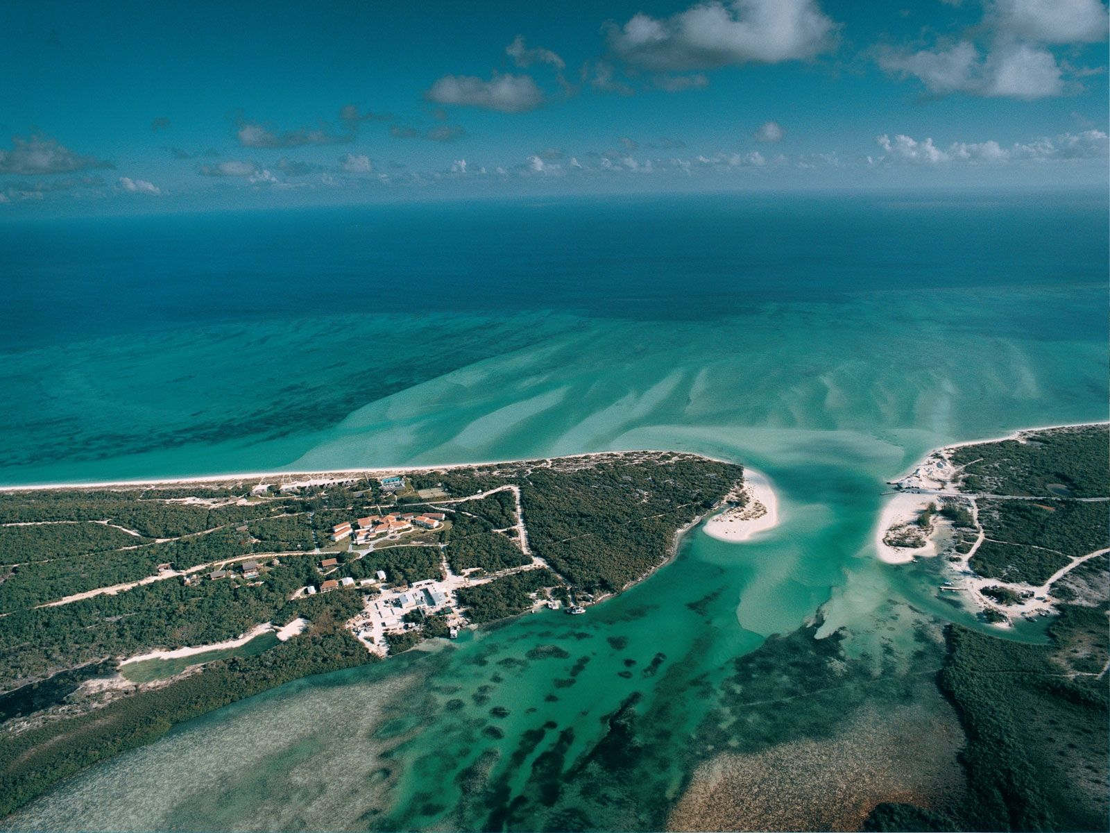 Parrot cay turks caicos a leading caribbean boutique for Leading small hotels