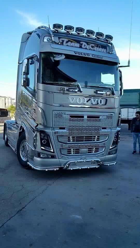 I Appreciate The Huge Volvo Text Volvotrucks Volvo Trucksforsale Volvo Trucks Volvo Trucks