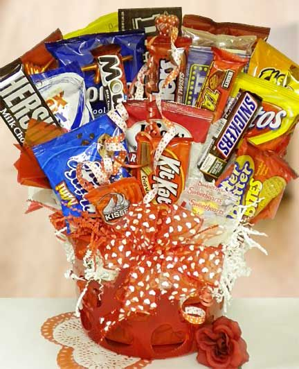 This Snack Basket Will Make A Great Valentine S Day Gift To Send To College Students Candy Bouquet Snack Baskets Valentines