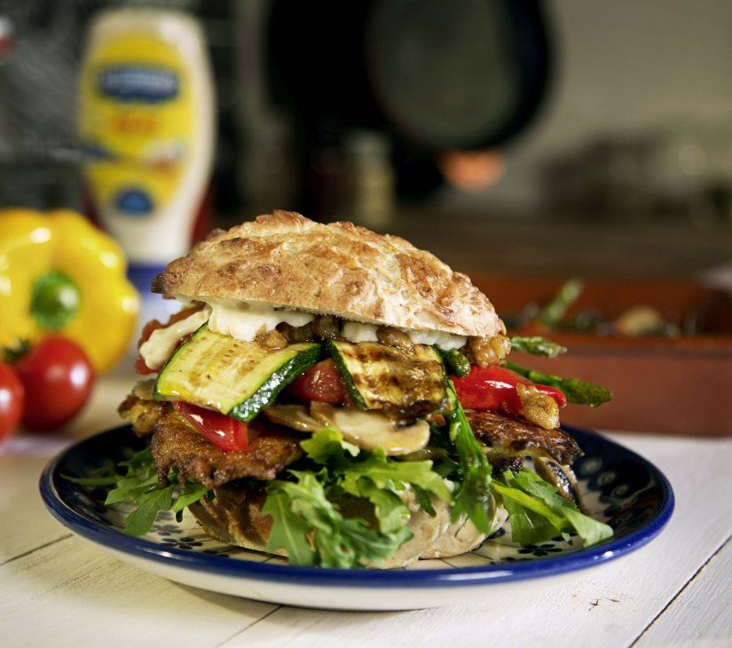 Potato Veggie Burger Recipe... To celebrate National Burger Day, Hellmann's has shared a delicious vegetarian burger recipe for the ultimate feast with friends ! Cook Vegetarian Magazine