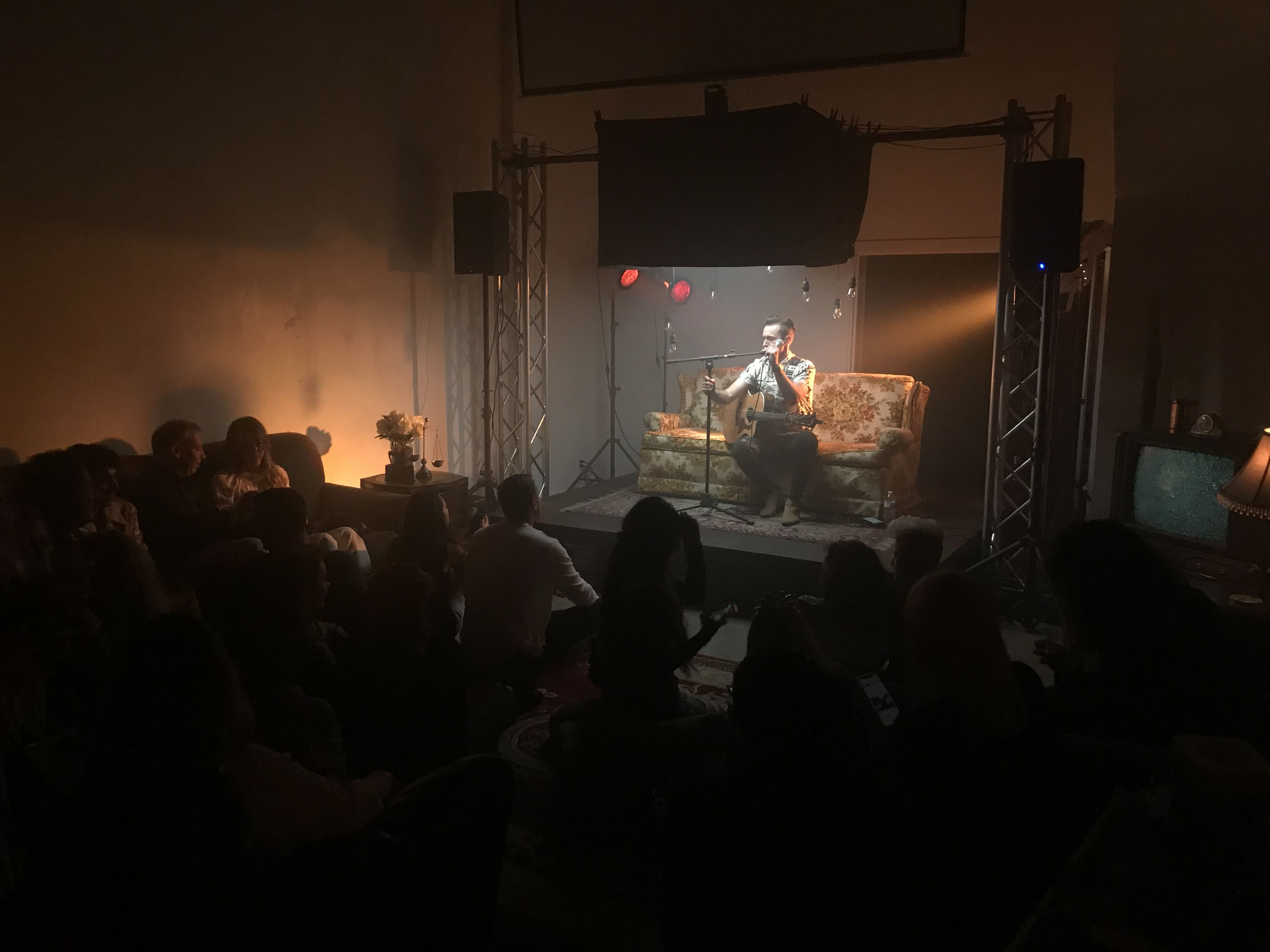 Aaron Kellim The Second Artist To Perform In Samantha S Living Room Two By Two Artist Samantha In living room concert