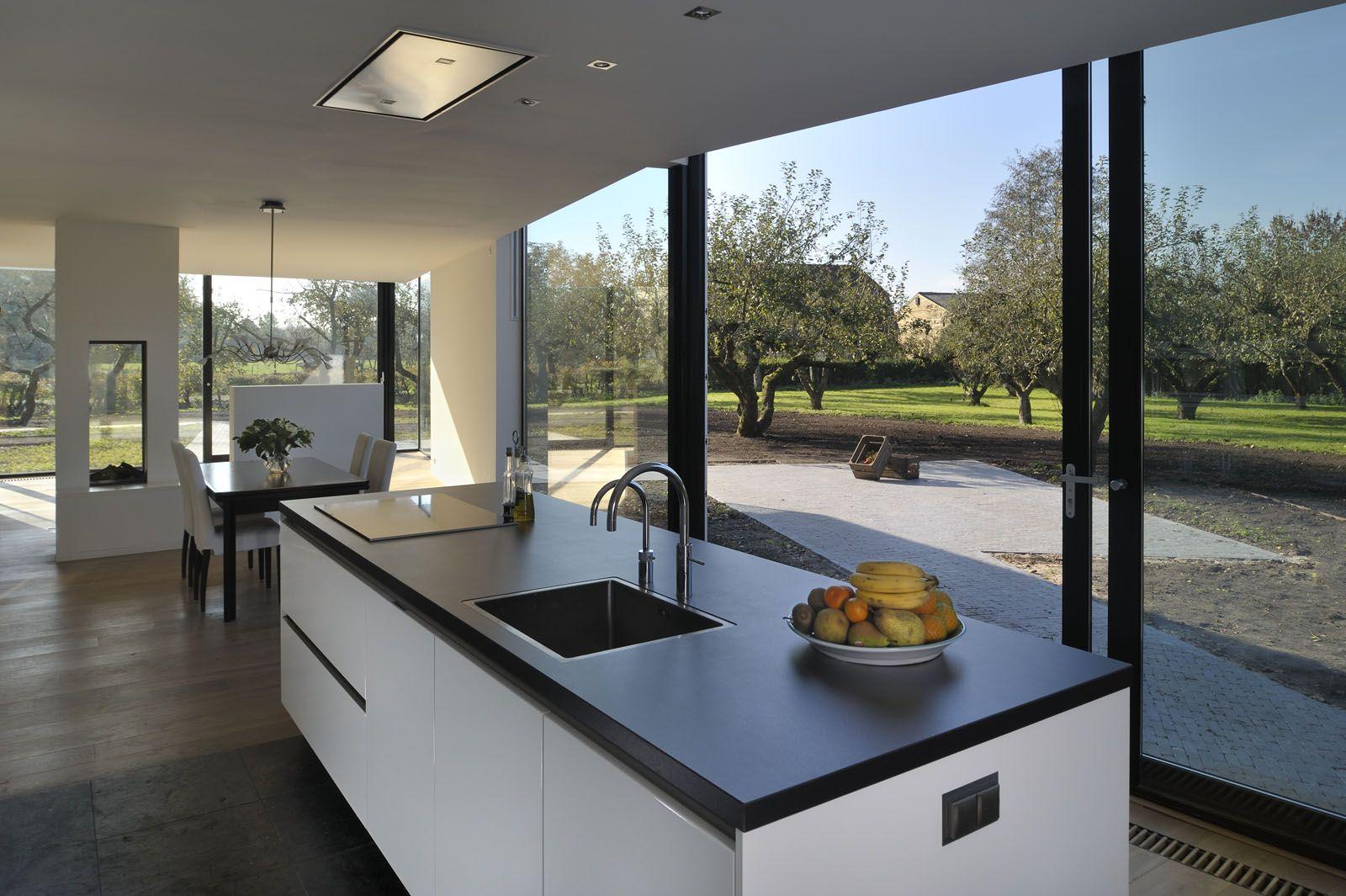 Keuken met glas staal pui woning constantsteeg pinterest staal keuken en keukens for Keuken met glas