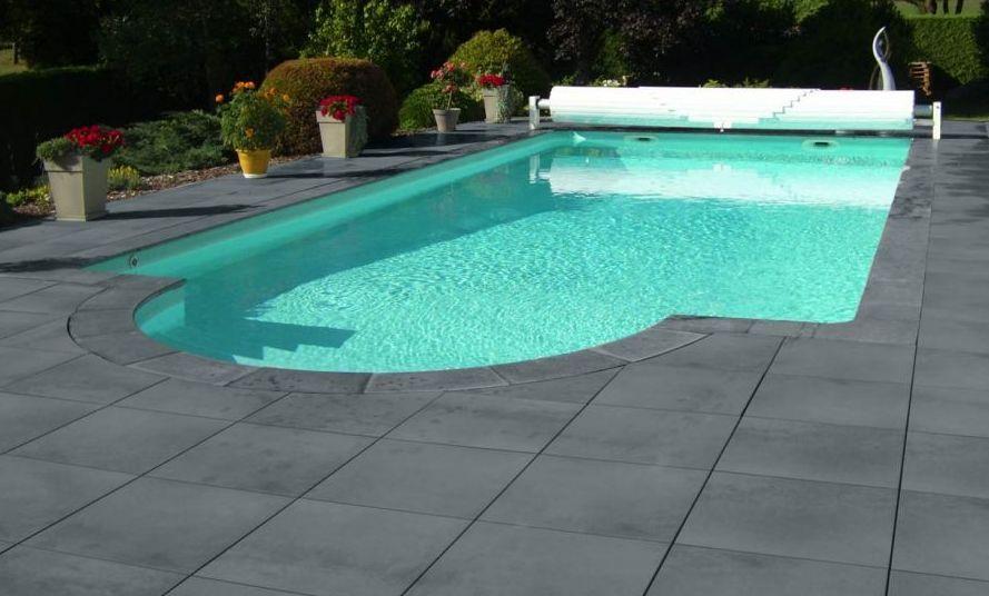 roc-de-france-pierre-reconstituee-ambiance-dallage-margelle-piscine - pierre de dallage exterieur
