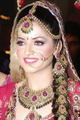 Beautifull Pakistani Makeup Bridal Jewellery Design Indian Bridal Hairstyles Bridal Makeup Tips