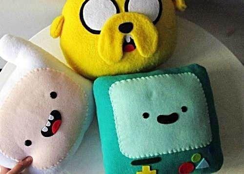Segunda mano manualidades cojines de fieltro almohada - Como hacer almohadones ...
