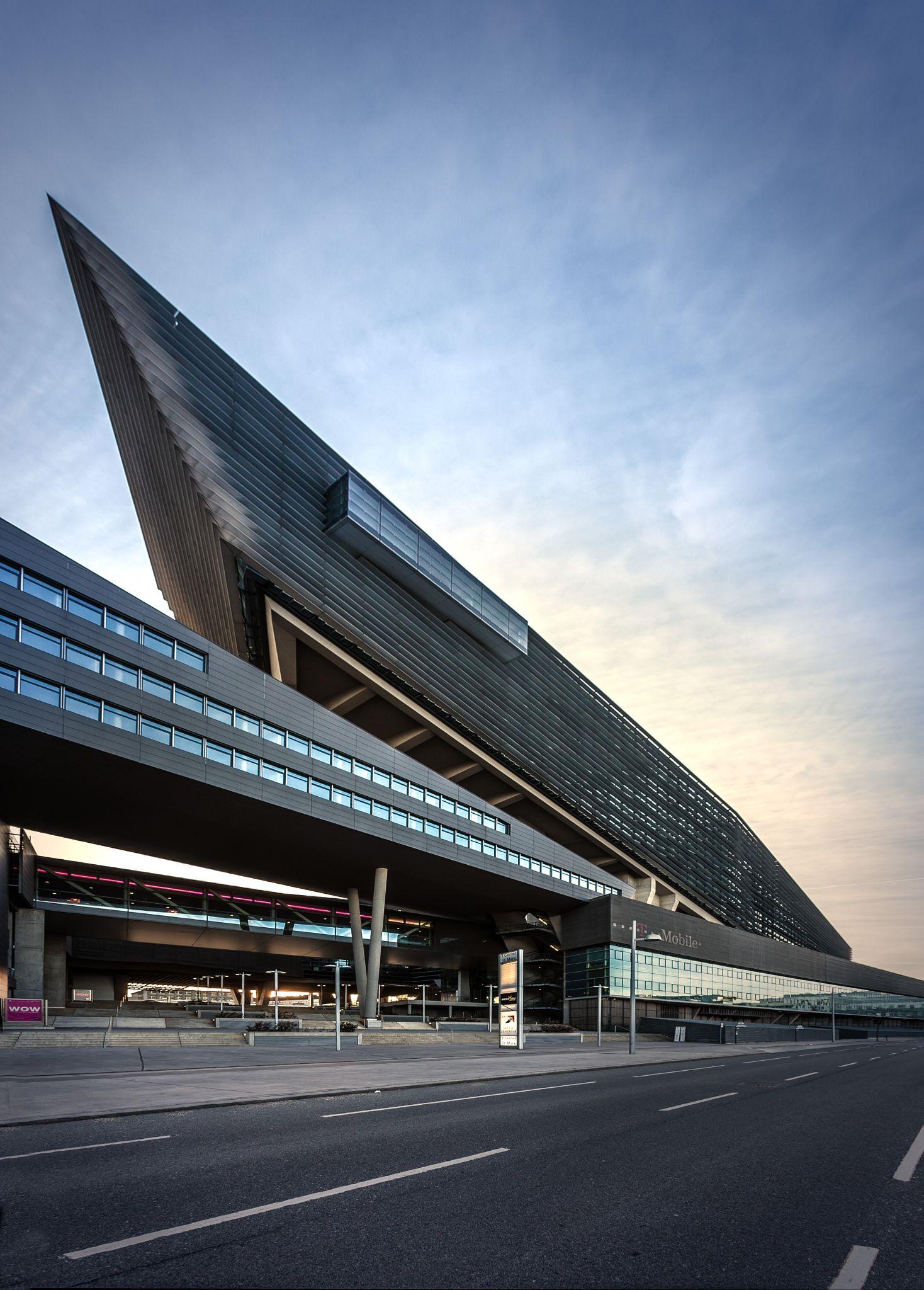 T Center Vienna By Gunther Domenig Station Architecture Architecture Architecture Design