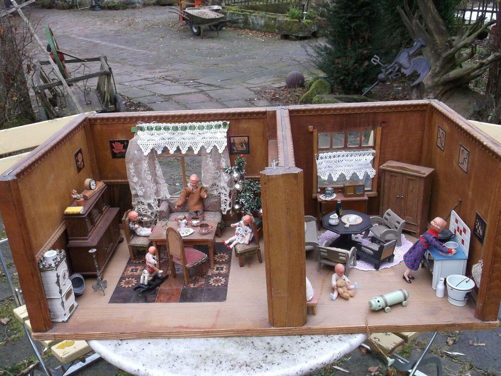 Uralte Puppenstube,Wohnzimmer Und Küche Aus Holz Mit  Schiebetür,ca.1900 1930 In Antiquitäten U0026 Kunst, Antikspielzeug, Puppen U0026  Zubehör | EBay!
