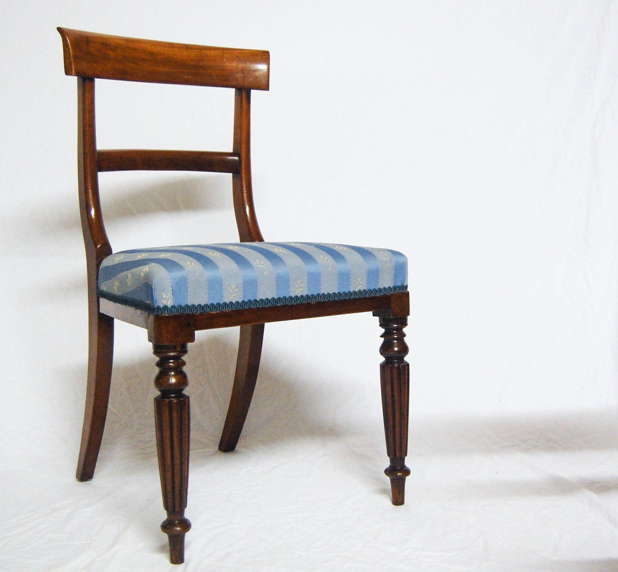 Antique regency dining chairs - A Set Of Four Regency George Iv Mahogany Trafalgar Dining Chairs Jasonclarkeltd Antique