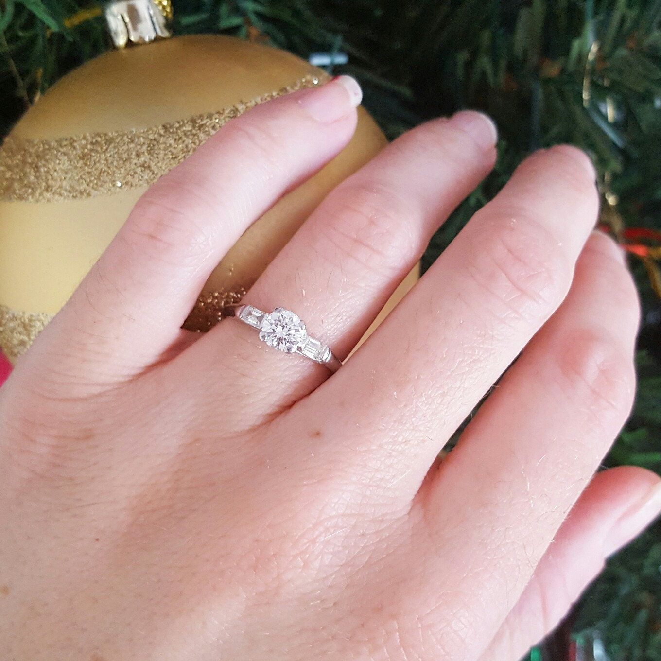 Engagement season is here! Shop this stunning vintage diamond and ...