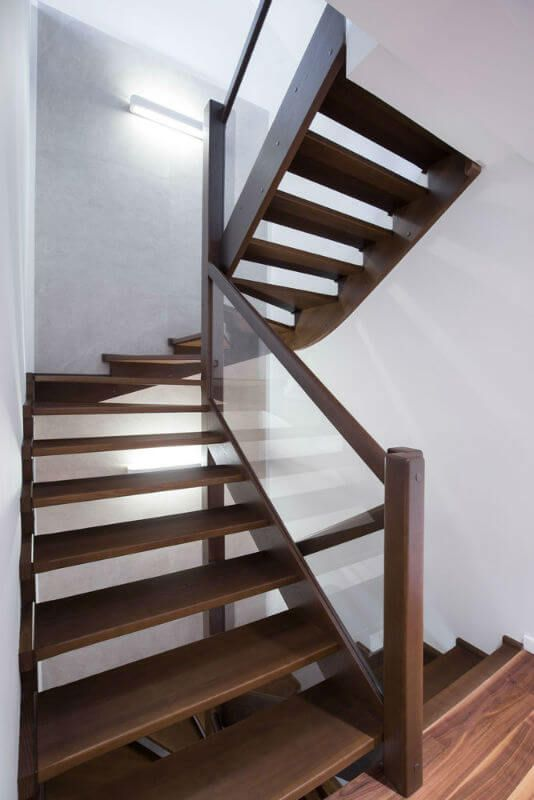 Superior Wood And Glass Stairway Railing