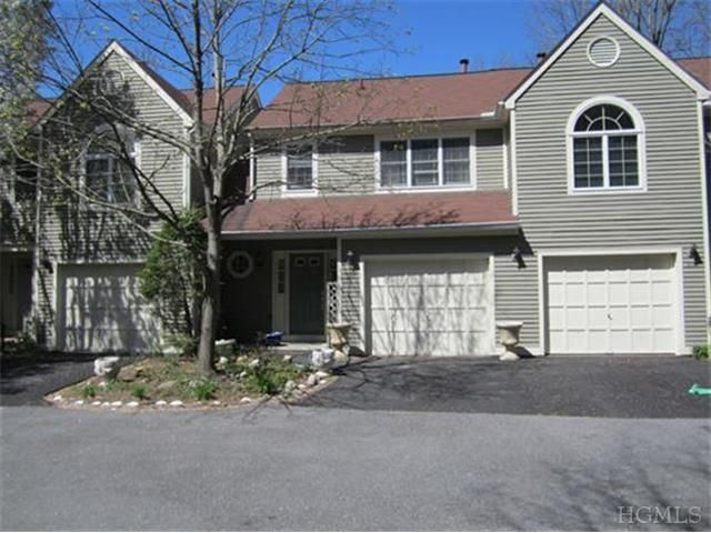 The Guard Hill Townhouse Development In Mount Kisco New