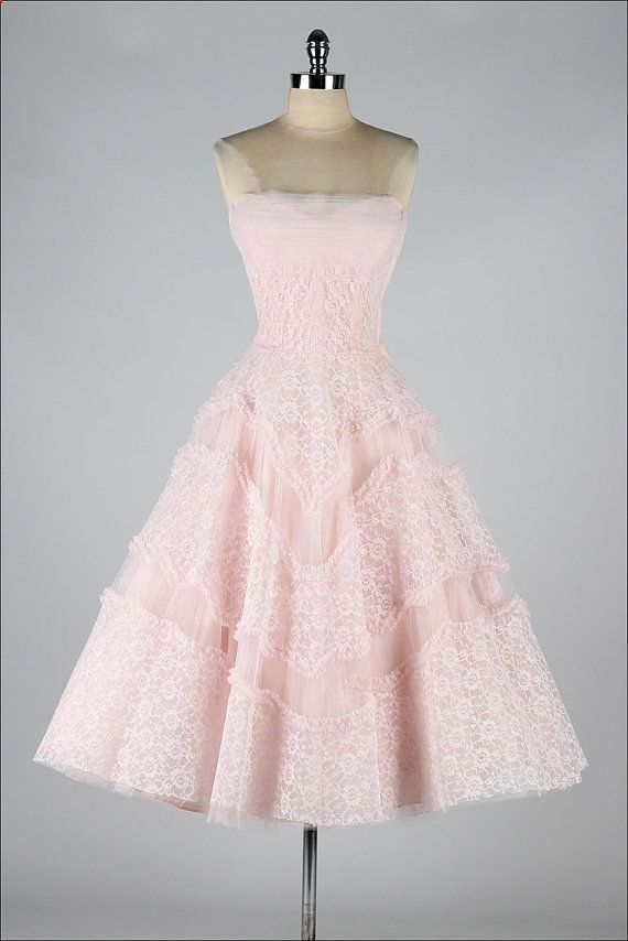Vintage 1950s dress. Pink lace by millstreetvintage