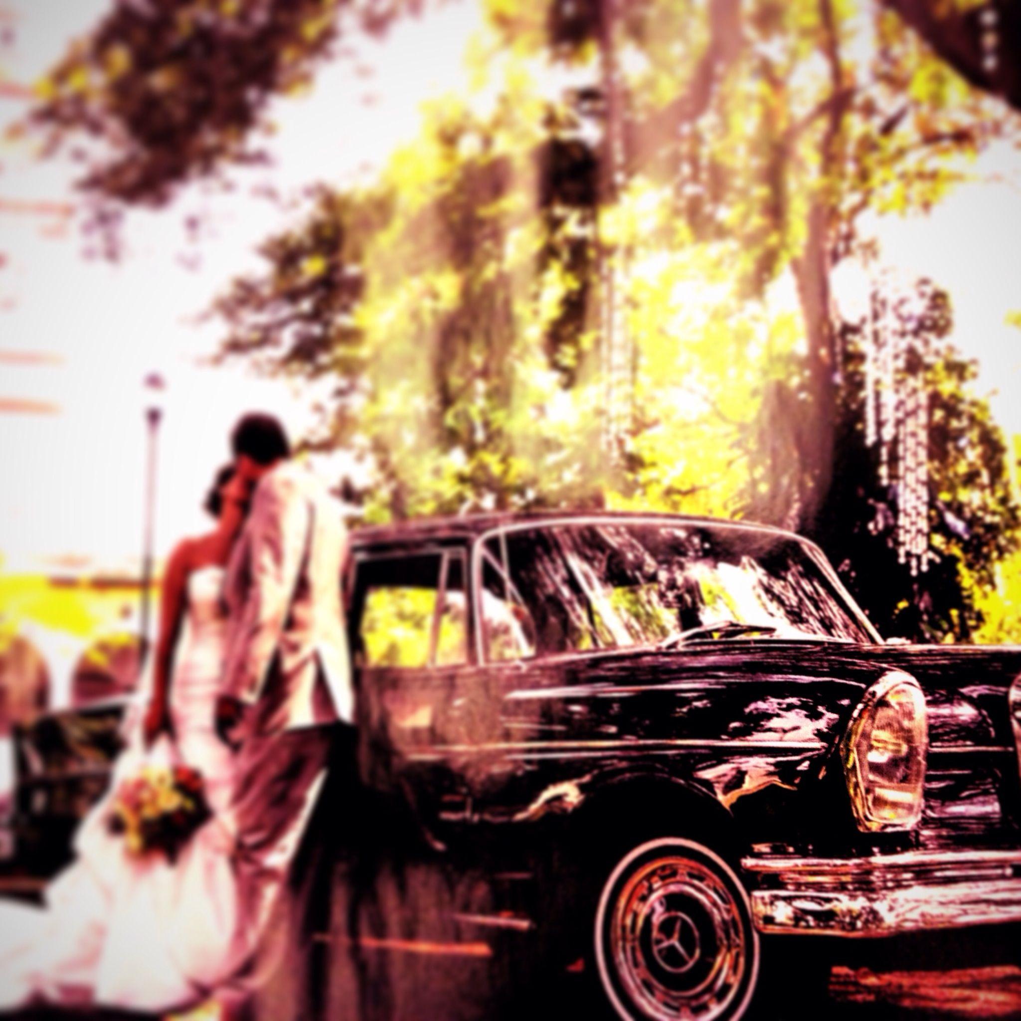 Wedding a classic car Mercedes Benz