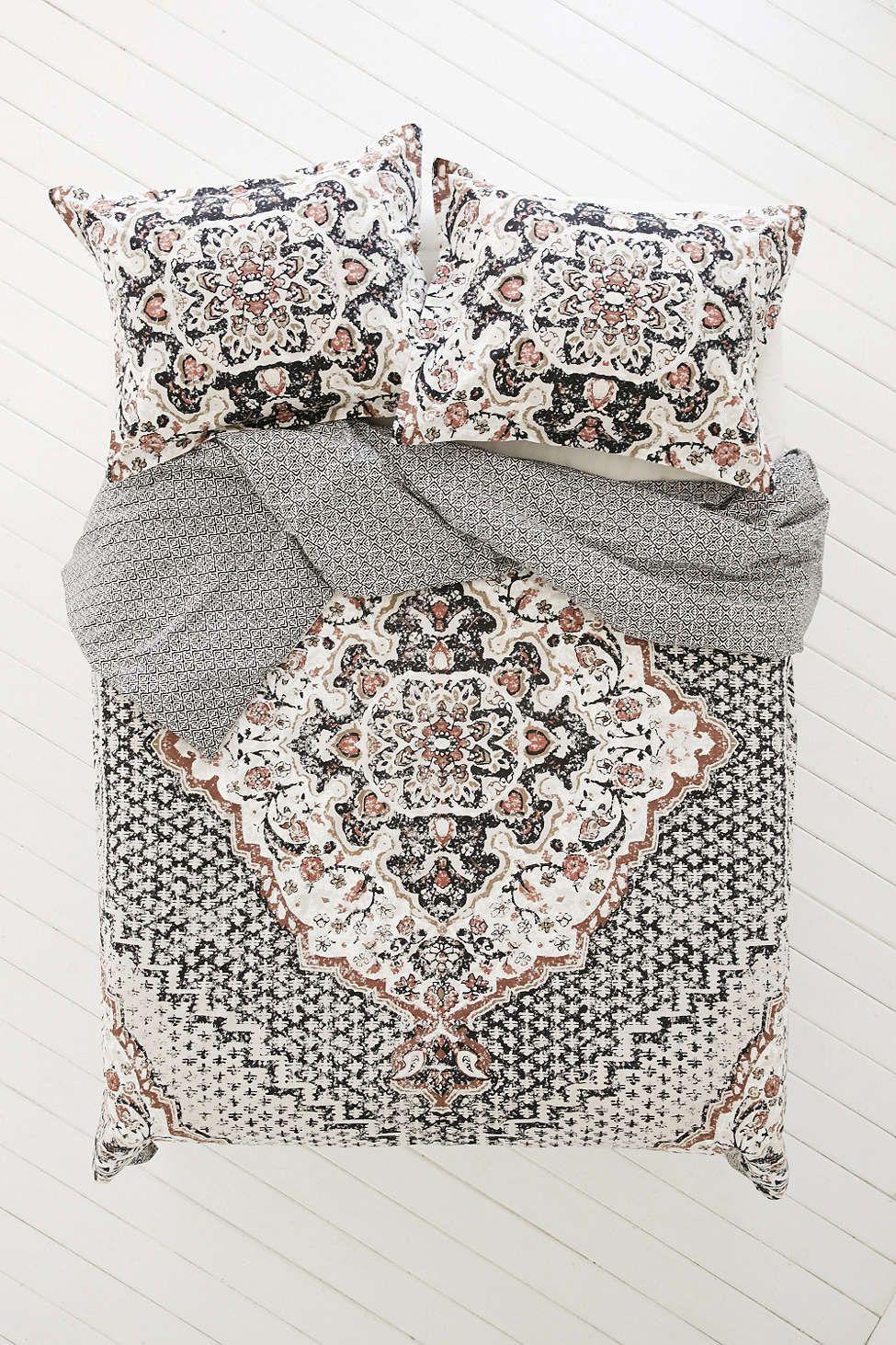 housse de couette de type tapis us kasbah magical thinking housses de couette couettes et. Black Bedroom Furniture Sets. Home Design Ideas