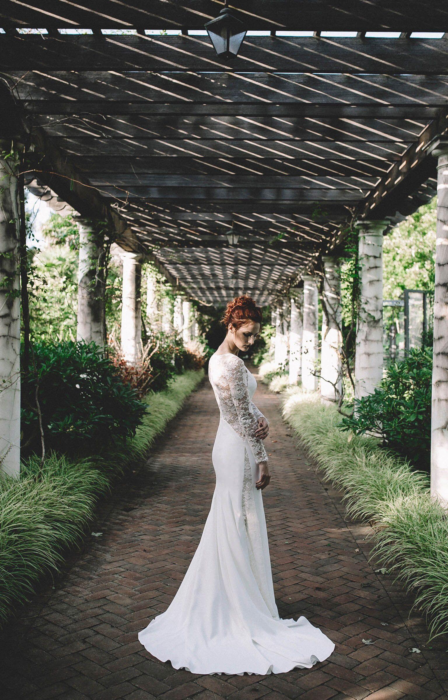 c0926fa9be Modern + Edgy Wedding