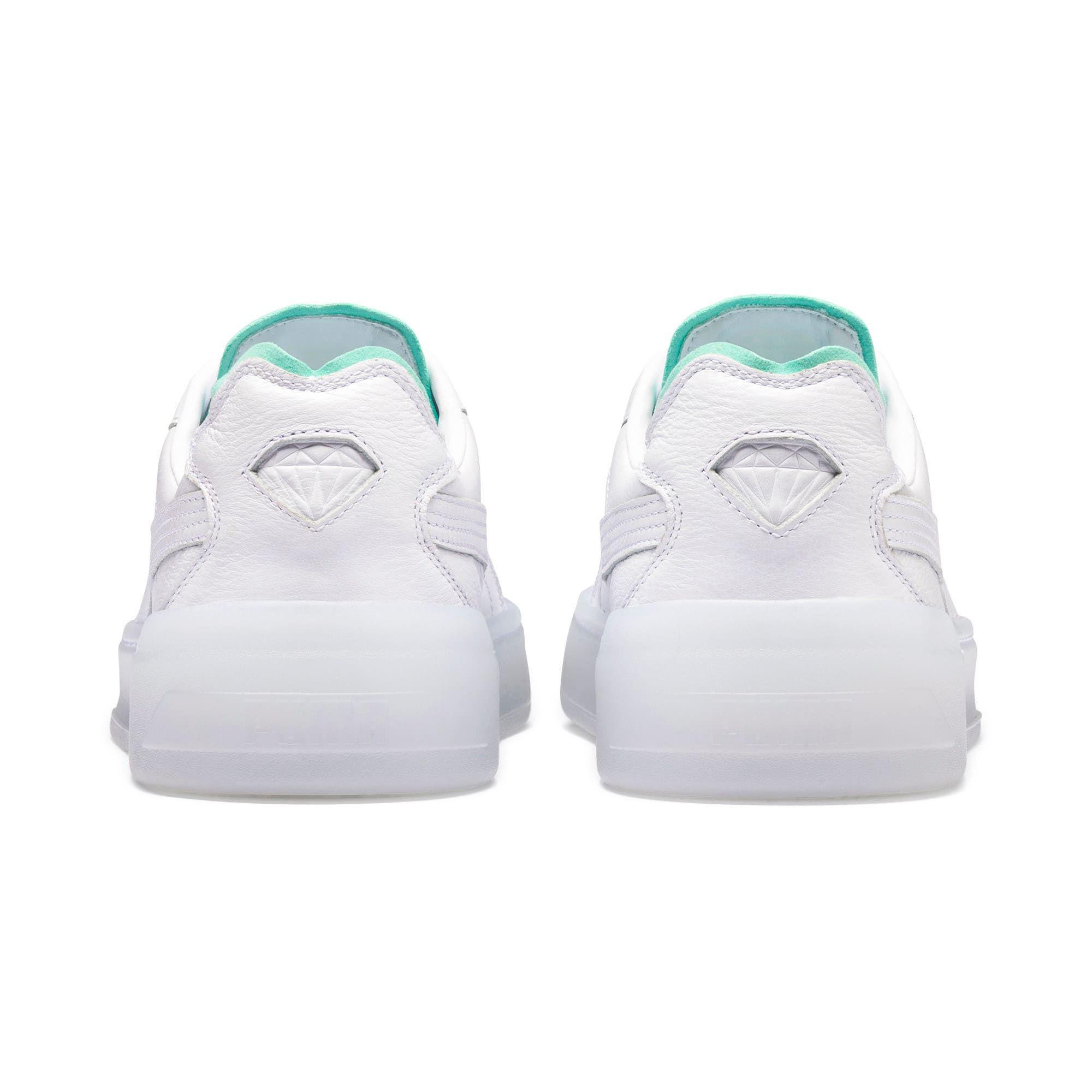 Men's PUMA x Diamond Cali0 Supply Trainers in White size