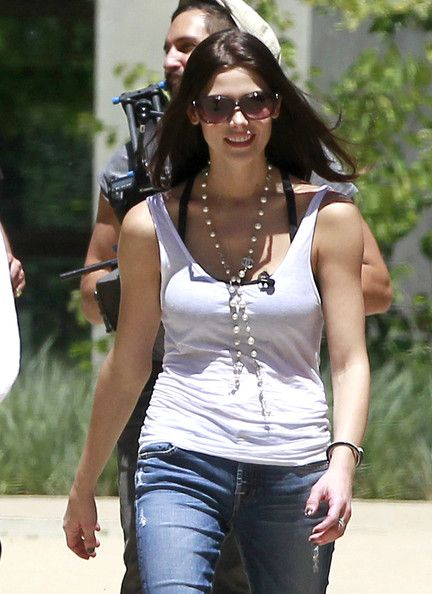Ashley Greene Photo - Ashley Greene Does an Interview at Coldwater Canyon Park