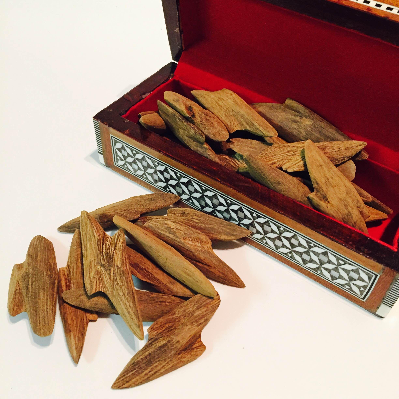 New Wood Chip Agarwood Oud Oodh Royal Bakhoor Chips Incense Burner 1